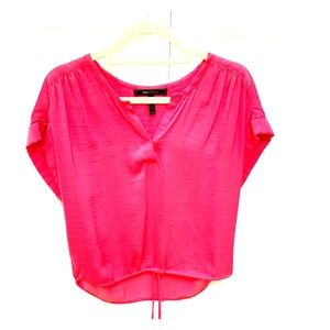 Bcbg pink silk short sleeve blouse w drawstring